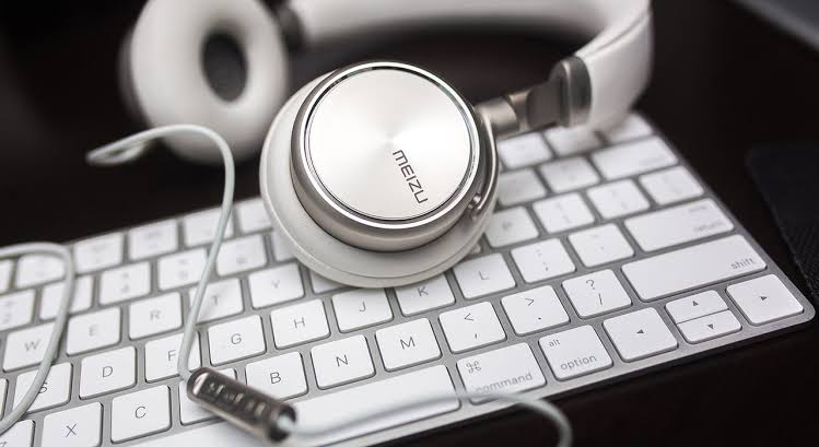 I will transcribe audio or video to text upto 30 mins
