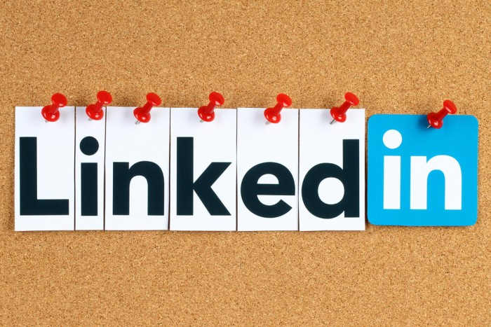 Provide manually 1000 linkedin Shares for you website, blog, apps, youtube video or any URL