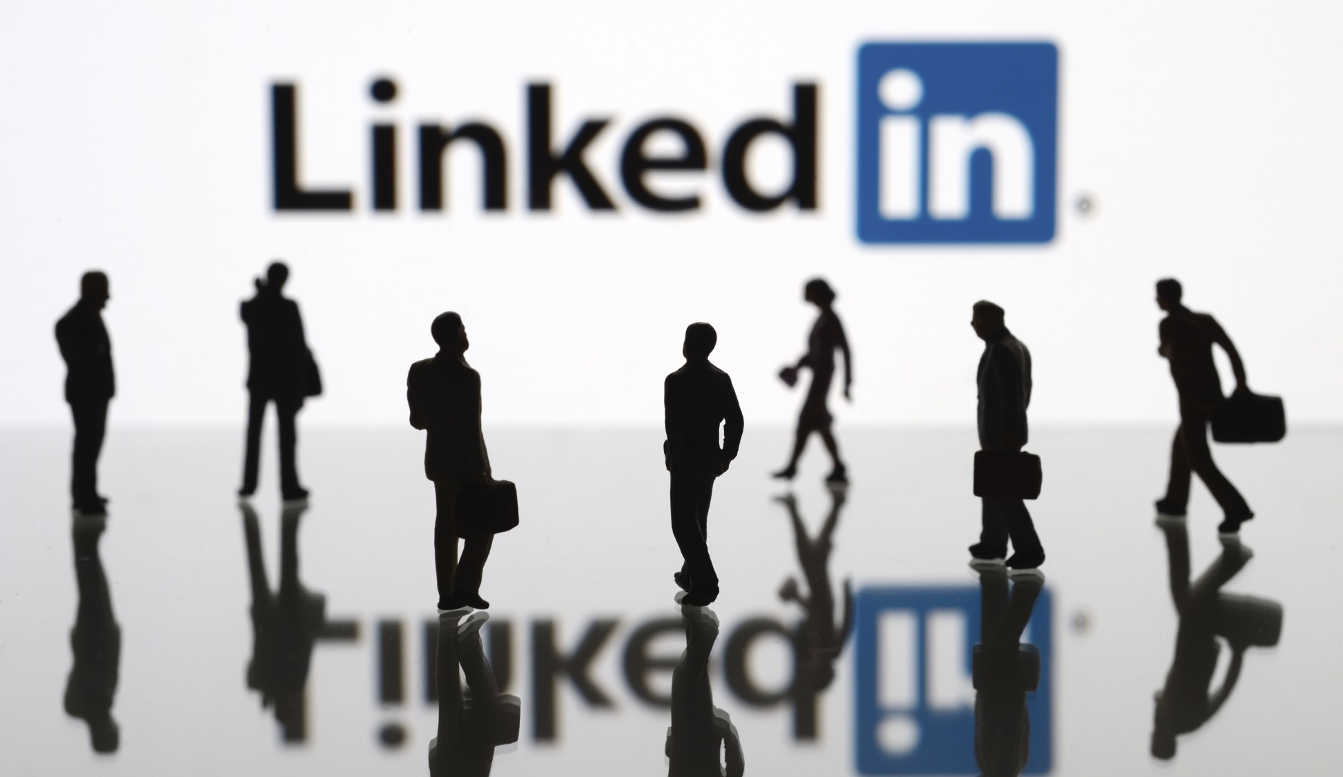 Promote  Your Business Website Or Product To My 4,662 Linkedin connections