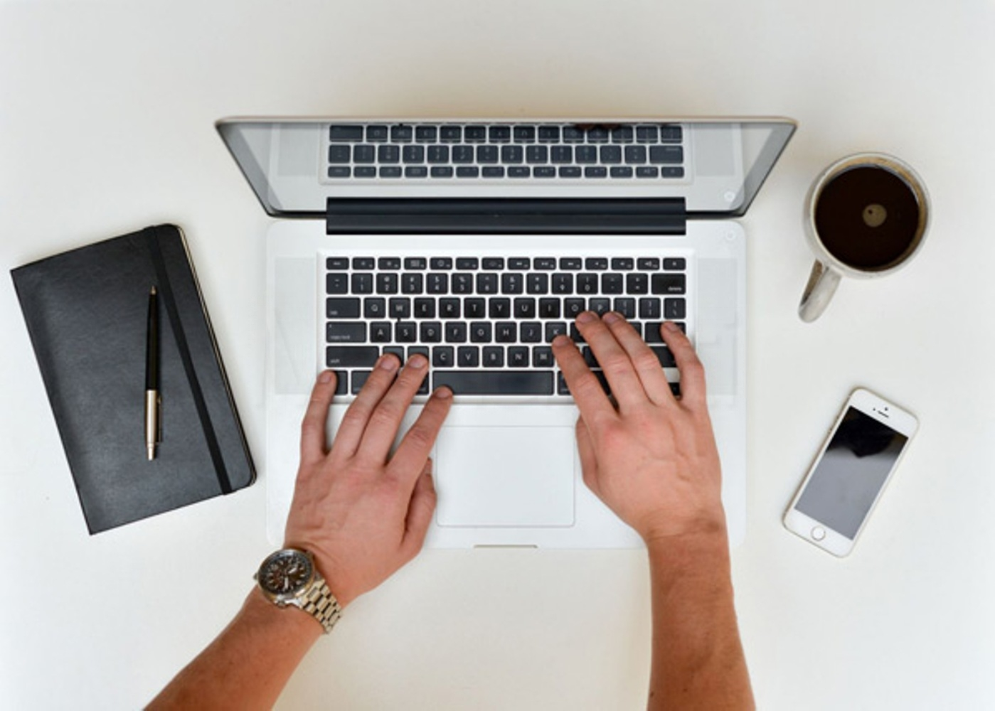 be your unique SEO blog post writer.